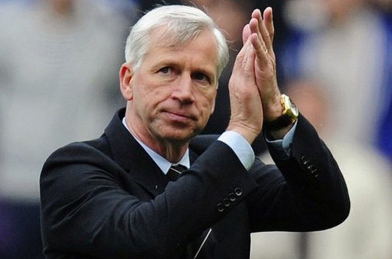 West Brom in manager Alan Pardew an ban - Inkhel com